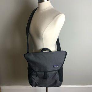 Like New Patagonia Messenger Laptop Bag